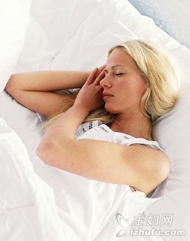 【给力英语网】给力3大方法 应对你夏天的失眠症状