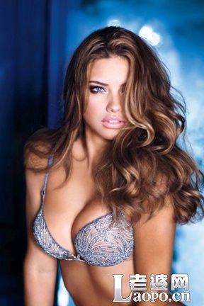 保护乳房要采用低脂高纤的饮食