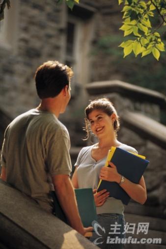 婚后买房写一方名字属于共同财产吗_婚后 你还会暗恋别人吗?