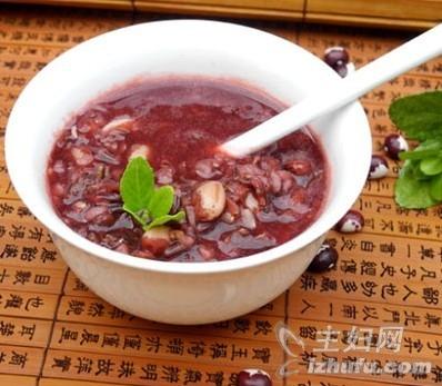 美容补血 熊猫豆煲红米粥