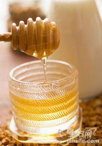 【深秋的意思】深秋服用生蜂蜜 需警惕中毒