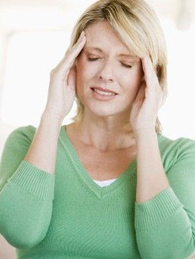 晚上右眼皮跳预示什么_解读:眼皮跳预示几大疾病