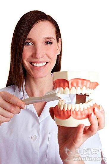慢性咽炎困扰白领 不刷牙是元凶