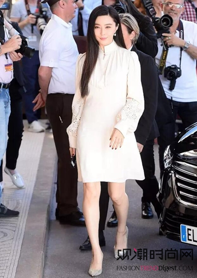 如果没有一条白裙子,你可能过...