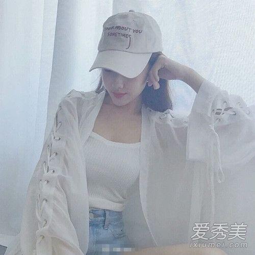 夏季罩衫怎么搭配 镂空透明罩衫怎么搭配 罩衫里面穿什么