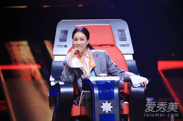 中国新歌声2开播 B-BOX嘴神登场 19岁少女唱哭刘欢是怎么回事