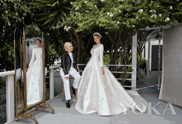 米兰达·可儿身穿Dior高级定制系列婚纱