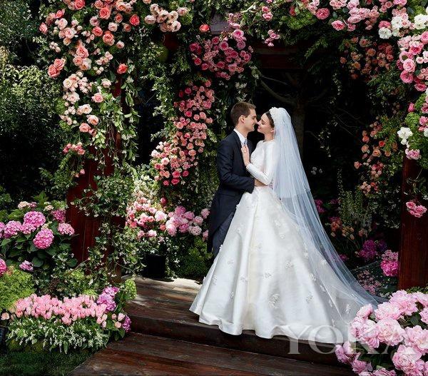 米兰达·可儿与埃文·斯皮格尔婚纱照曝光
