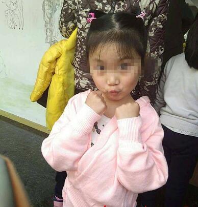 小悦悦不幸离世 进手术室前恳求妈妈的话看哭众网友