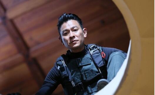 刘德华坠马重伤后 终于宣布下月复出拍新片