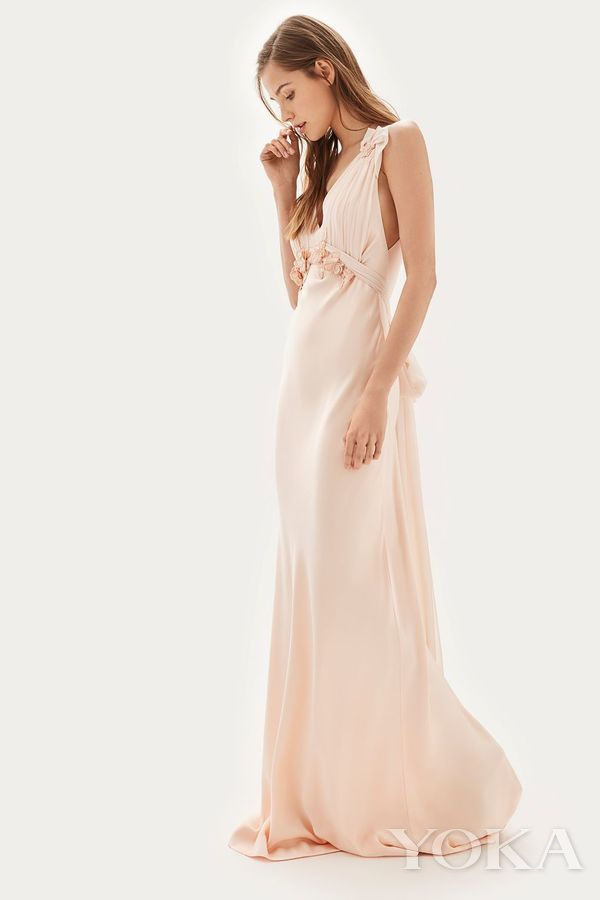 Topshop 粉色婚纱礼服,£395.00,可购于topshop.com,图片来源于官网。