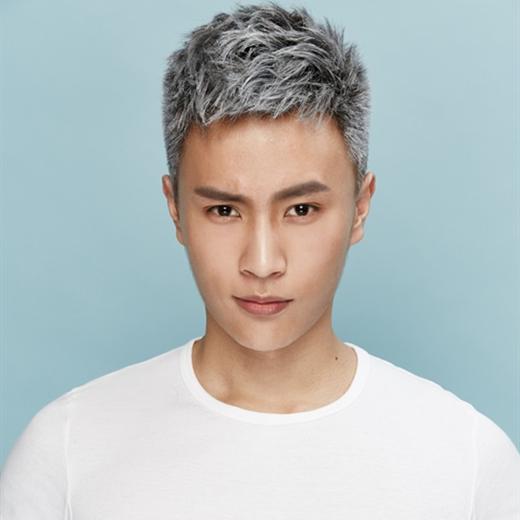 2017流行短发男生发型