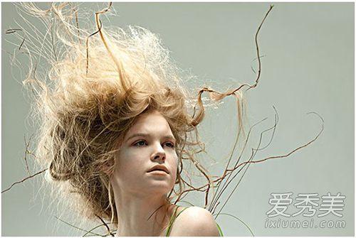 头发打结怎么快速解开