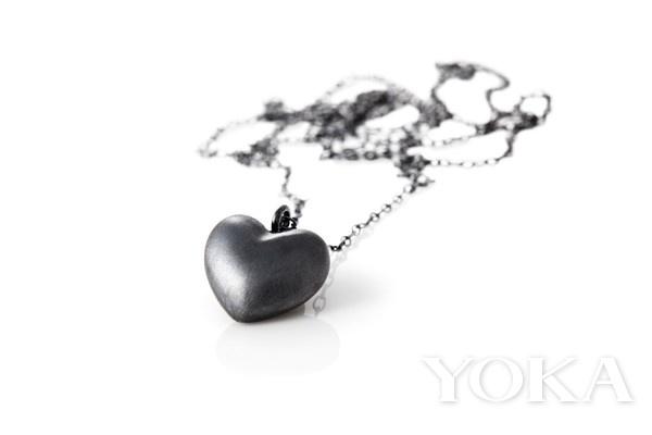 Elsass Jewelry氧化银黑钻珠宝,图片来自品牌官方网站。