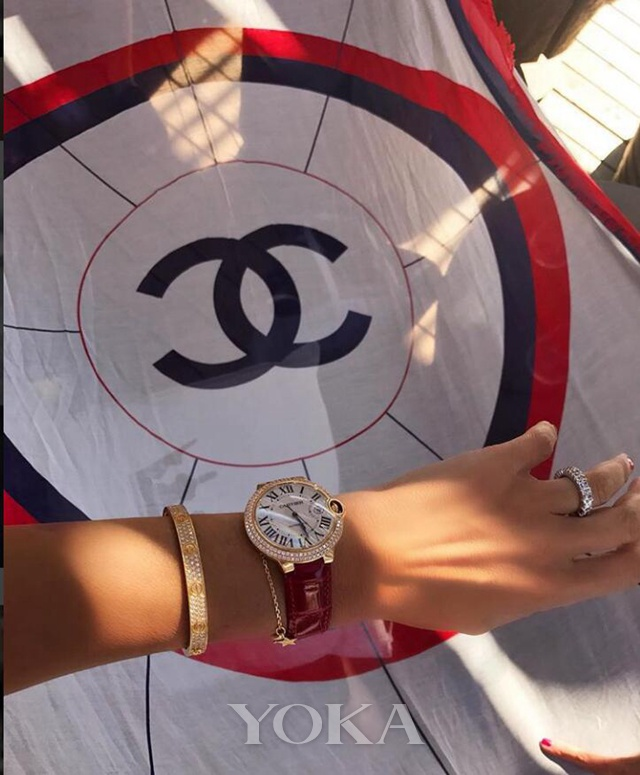 卡地亚蓝气球腕表,图片来自Pinterest