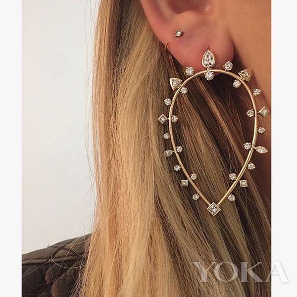 Zoë Chicco珠宝,图片来自品牌官方Instagram。