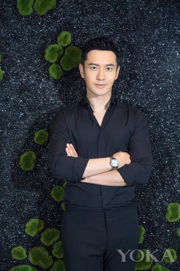 黄晓明诠释天梭宝环系列腕表