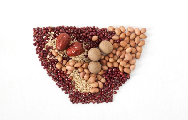 什么食物不能一起吃 什么食物吃了好 多吃谷物和蔬菜能防癌