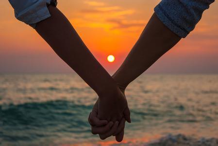 你需要走出这些常见的婚姻的误区才能幸福