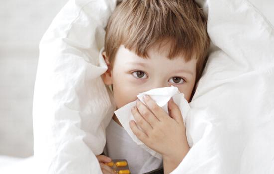 感冒不能吃鸡|孩子感冒不能吃什么 感冒期间要禁忌这7类食物