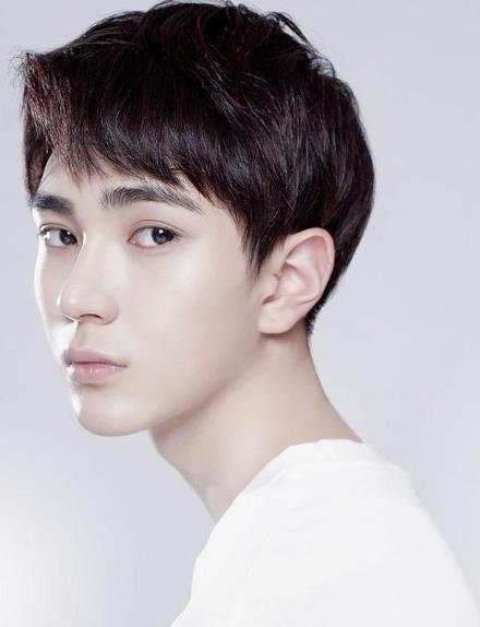 韩国明星发型男
