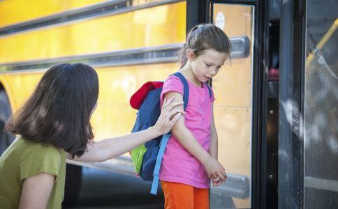 如何教会孩子反虐待