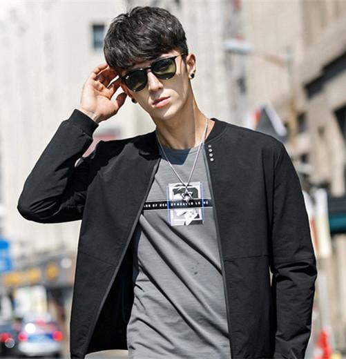 2017最流行的男生发型 换上这8款发型准帅