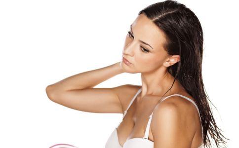 经期正确的洗头方式
