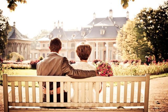 [你知道吗爱你并不容易]你知道吗 婚恋关心中这句话会引起对方的防卫心理