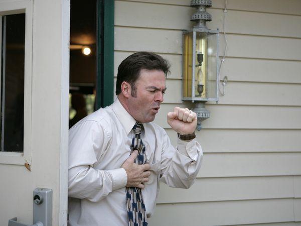 咳嗽是什么引起的吗|咳嗽是什么引起的 可能是胃食管反流导致
