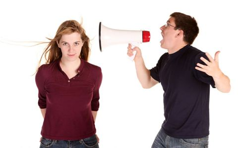 女人应该如何恋爱 女人感情劈裂的原因是什么