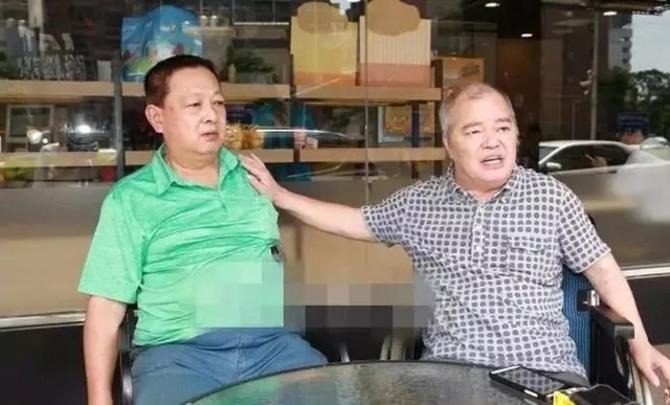 张韶涵遭父亲控诉儿女三人均弃养 网友力挺