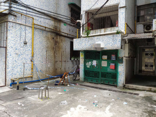意外发生后施工架已被清理。