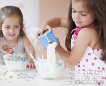 【4399小游戏】4至6岁的幼儿一日三餐的食谱安排建议