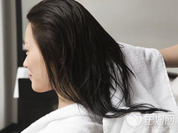 人流后多久能洗头发|人流后多久可以洗头发 洗头注意3点才能不留病根