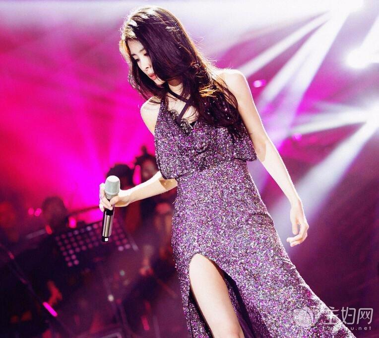 张碧晨《歌手》演绎探戈版《红玫瑰》 性感热舞摇曳人心