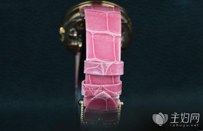 新品钻石手表图片