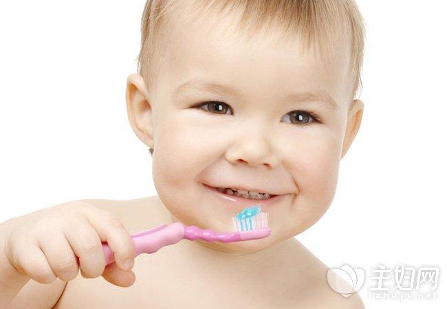 宝宝多大可以用牙膏