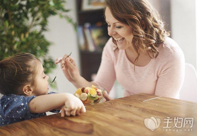 家长给宝宝喂饭常见误区
