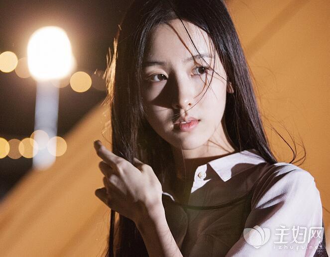 陈都灵高中极大丑事