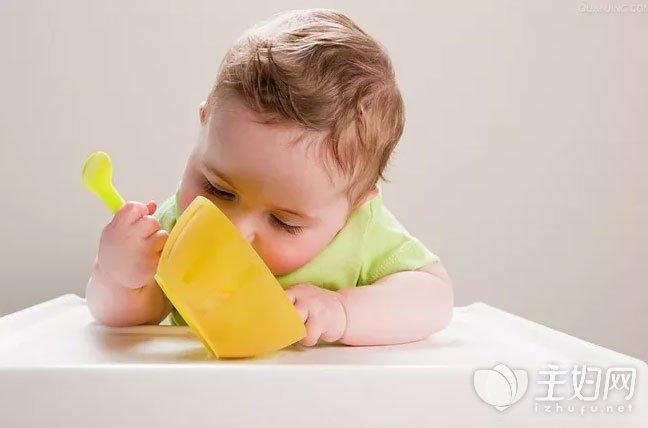 宝宝辅食添加时间表_添加这些辅食 可以让宝宝越吃越聪明