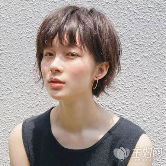 女生中性短发发型图片