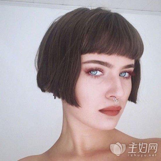 【短发时尚女生长发】齐耳圆脸发型a短发中短发直图片发型图片图片