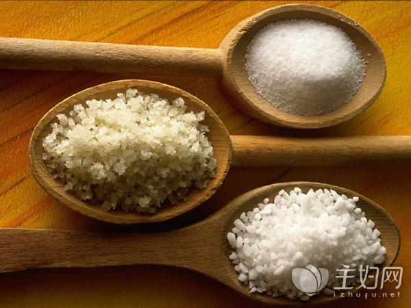 【吃太多盐会怎么样】吃盐太多怎么办 5种食物排出体内超标盐分