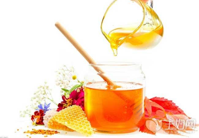 多喝蜂蜜水丰胸效果好