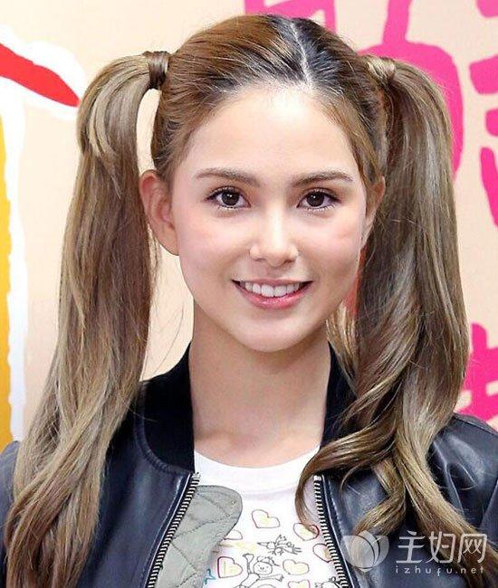 昆凌马尾辫发型图片