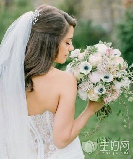 齐肩发新娘发型图片