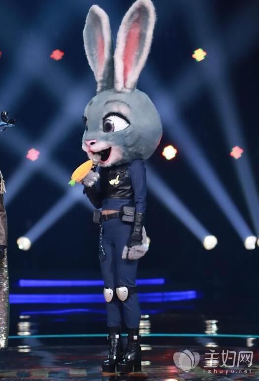 《蒙面唱将猜猜猜2》兔警官是谁