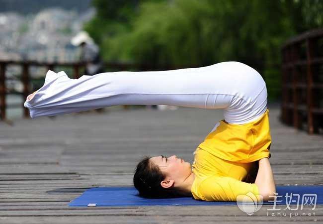 如何瘦大腿 瘦大腿的瑜伽动作