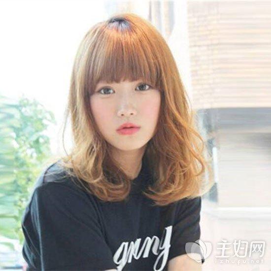 齐刘海内扣发型
